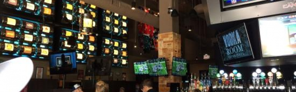 Canadian Brewhouse Kelowna – 4